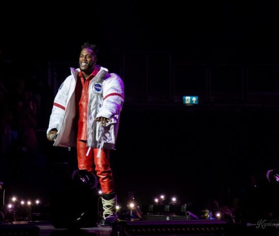 Burna Boy Came On Stage In A Spaceship At His O2 Arena Concert In London