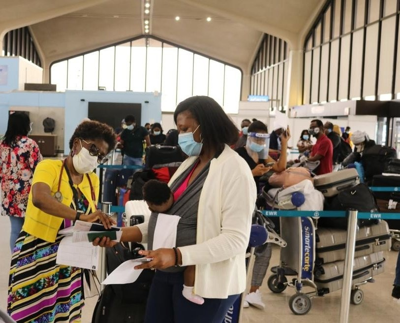 322 Nigerians evacuated from the US arrive Lagos