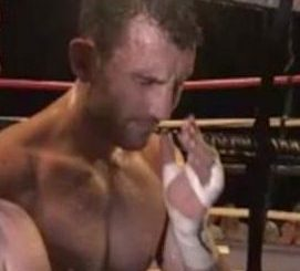 Oh No! Popular Heavyweight Boxer Collapses, Dies After Beating His Opponent In The Ring