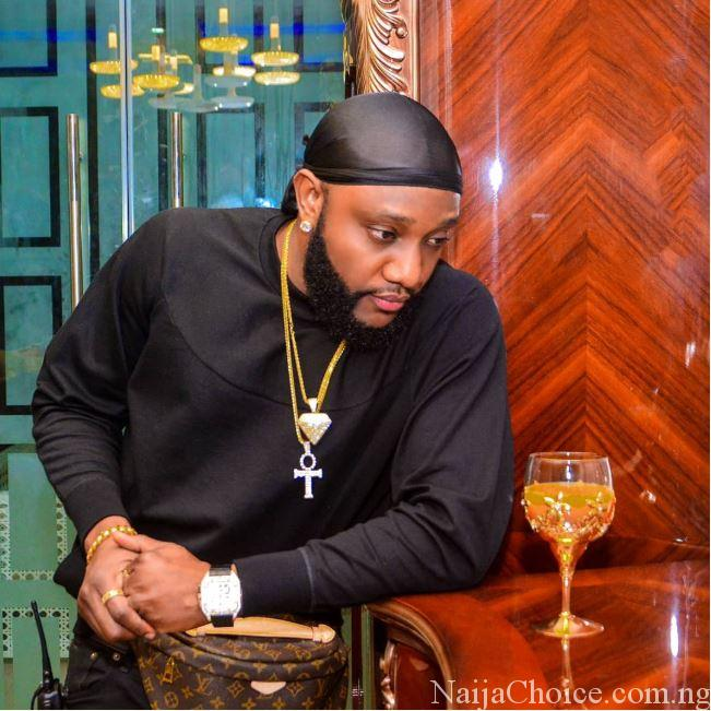 Singer Kcee Roasted On Social Media For Dressing Like This (Photos)
