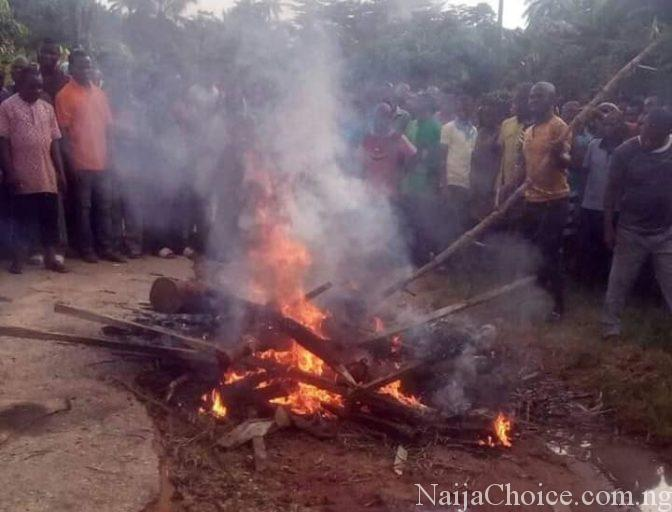 Three Notorious Robbers Burnt Alive By Angry Mob In Akwa Ibom (Photos)