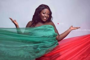 Lolo1 releases New Photos & a Heartfelt Message for her Fans