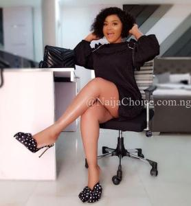 Holy Moly😋! Mercy Aigbe Exposes Fresh Thighs In Short Gown