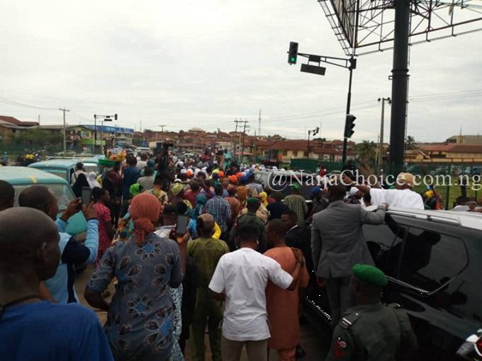 Oyetola & APC Supporters Celebrate His Victory At Appeal Court (Photos)