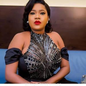 "Toyin Abraham sends Lizzy Anjorin a Cease and Desist Notice over ""defamatory statement"""