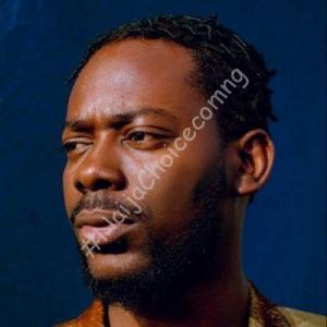 Check out Adekunle Gold's response after a follower lied that his song 'Ire' has been his ringtone for 'three years'