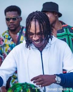 "Davido To Naira Marley: ""Una Dey Do Jazz, All Una Music Dey Sweet"""