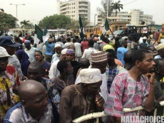 Beggars In Lagos Protest Against Harrassment, Block Government Offices (Video, Pics)