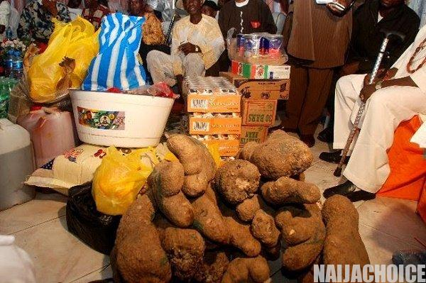Seven Interesting Things That Happen During Traditional Marriages In Nigeria