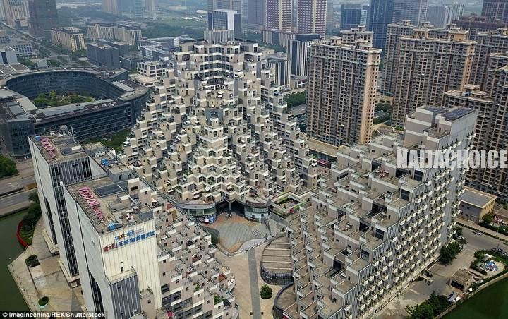 Bizarre 'Pyramid-Shaped' 18-Storey Building In China Becomes An Internet Sensation