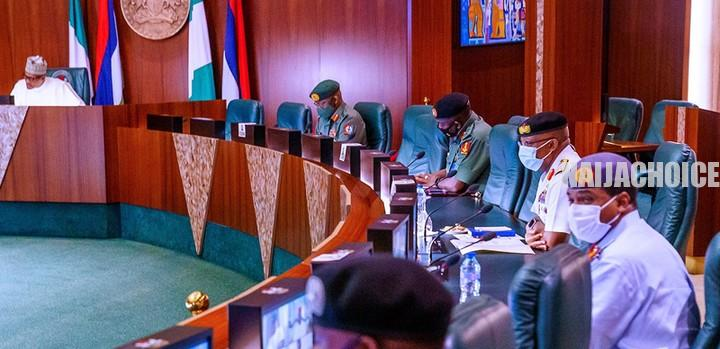 We Will Persuade Buhari To Sack Service Chiefs  – Senate