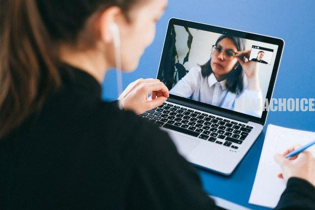 How to Look Stylish in a Video Conference Call