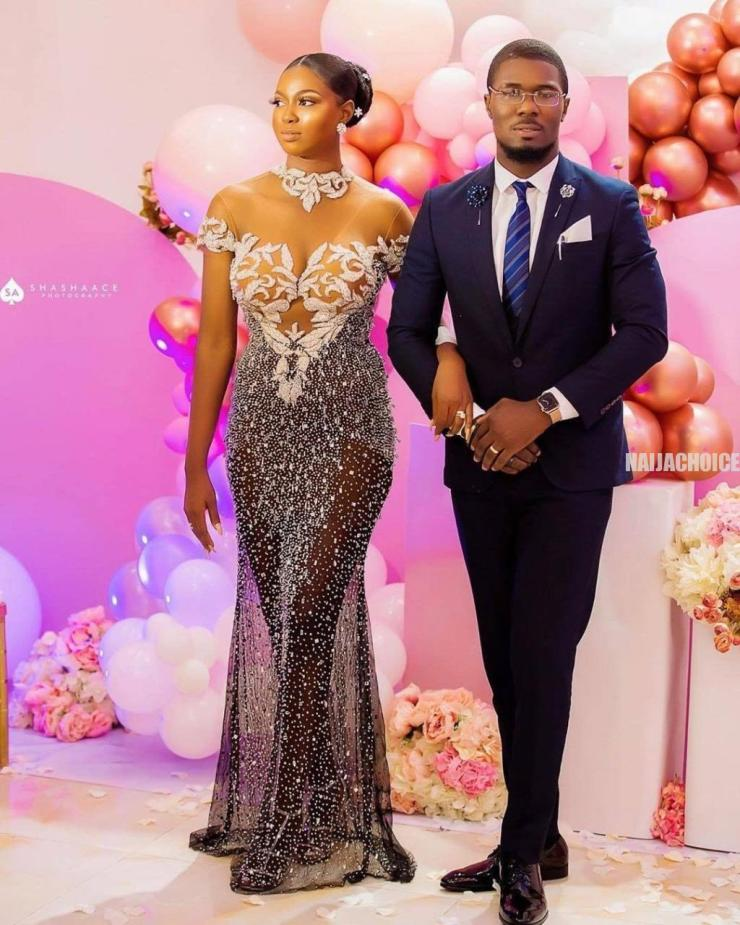 Sweet Love: Beautiful Nigerian Couple Marry After Man Stylishly Asked Her Out Via Email (Photos)