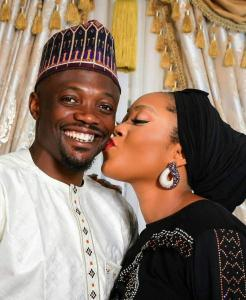 Muslim Fans Blast Ahmed Musa Over Kissing Picture With His Wife On Facebook