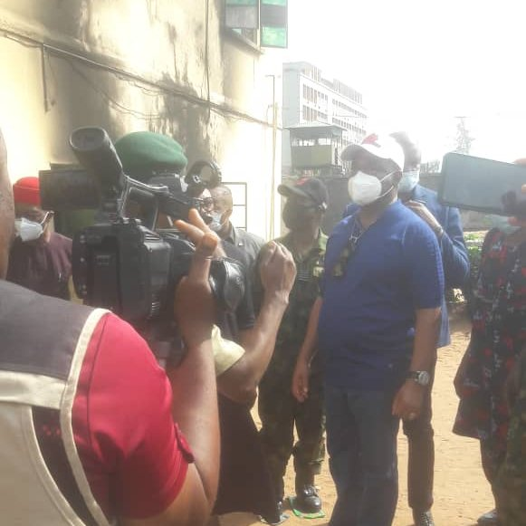 Imo Governor, Hope Uzodinma Visits Police Headquarters Attacked By Gunmen (Photo)