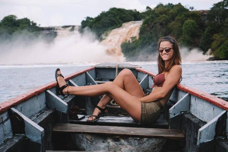 Meet The 22-Year-Old Lady Who Has Travelled To Every Country In The World (Pics)