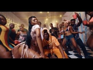 VIDEO: Eazzy – Duna Ft. Quamina Mp
