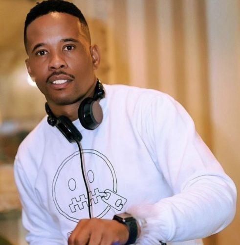 DJ Stokie – Bawo Vulela Ft. De Mthuda, Nutown Soul mp3 download