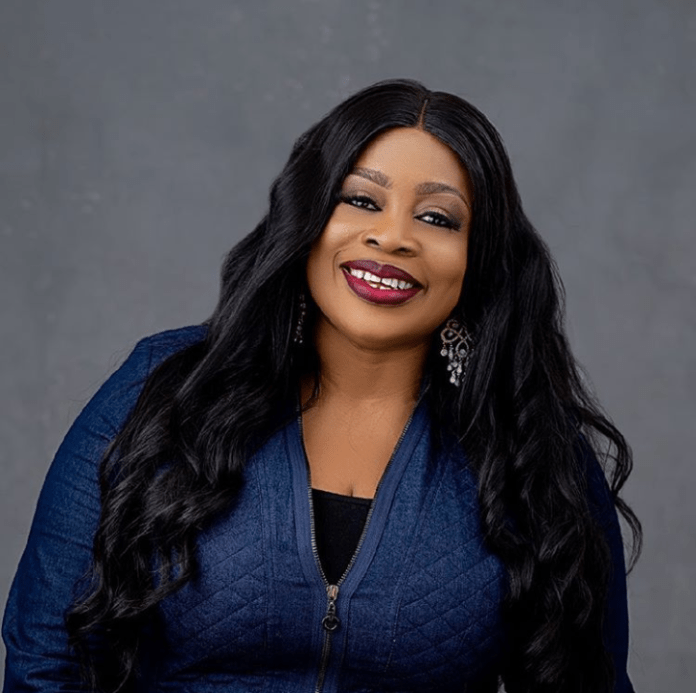Sinach age, husband, children and career