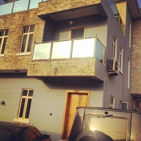 Wizkid announced the acquisition of his Lekki house in 2013
