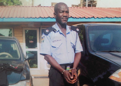 Fake cop NL I Used Police Uniform To Smuggle Cars From Benin Republic —Suspect Confesses