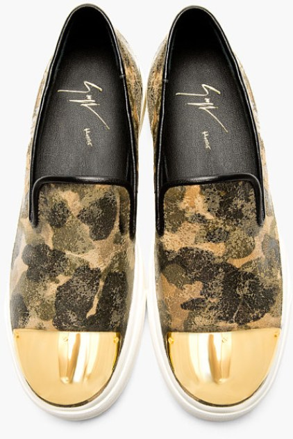 New Kicks! Wizkid Shows Off His Giuseppe Zanotti Khaki Camo Gold Toecap Leather Loafers [See Photo]