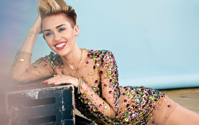miley cyrus 2014 wide 700x438 - How Scary Nightmare Made Me Quit Weed – Miley Cyrus Reveals