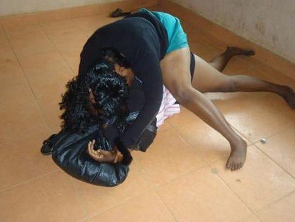 Women fighting 700x526 - Na Wa O!! 13-Year-Old Ghanaian Girl Beats Her 14-Year-Old Friend To Death Over Boyfriend