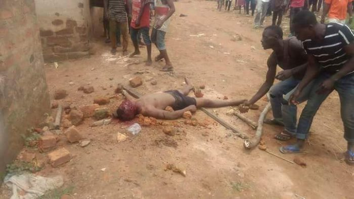 1 185 700x394 - OMG!! These 2 Men Were Stoned To Death In Benue, For Stealing Motorcycles [Warning: Graphical Photos]