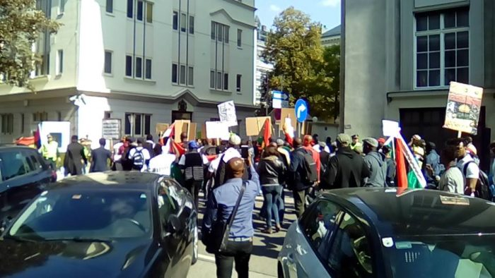 ipob2 2 700x394 - IPOB Members In Austria Protest With Coffin At British Embassy (Photos)