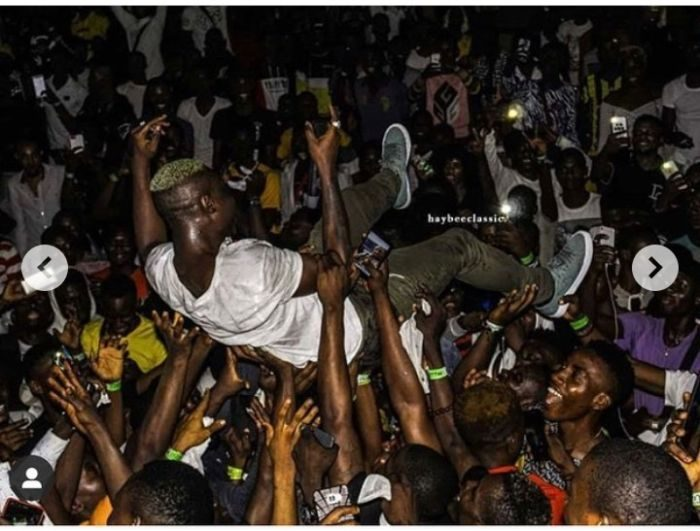 Zlatan Ibile Shares 2013, 2018, 2019 Photos As Fans Carry Him Up