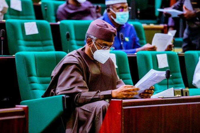 Photos: All Masked Up As Lawmakers Resume Plenary 4