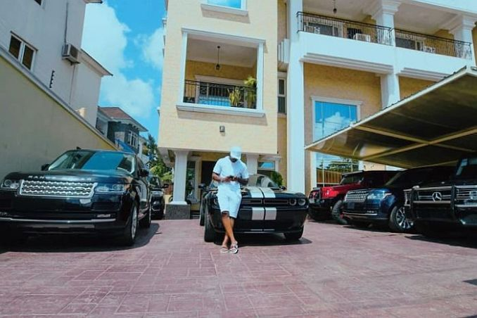 TOO MUCH MONEY!! See Stunning Photos Showing Inside Of Peter Okoye's $3.8 Million Banana Island Mansion 8