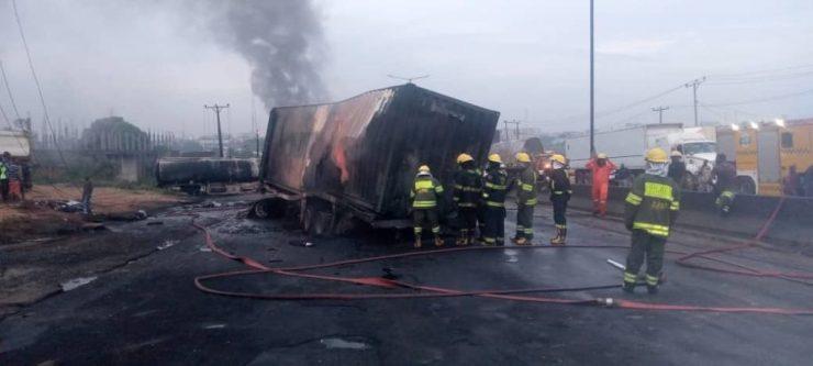 PHOTOS: Tanker Explodes On Otedola Bridge, Lagos