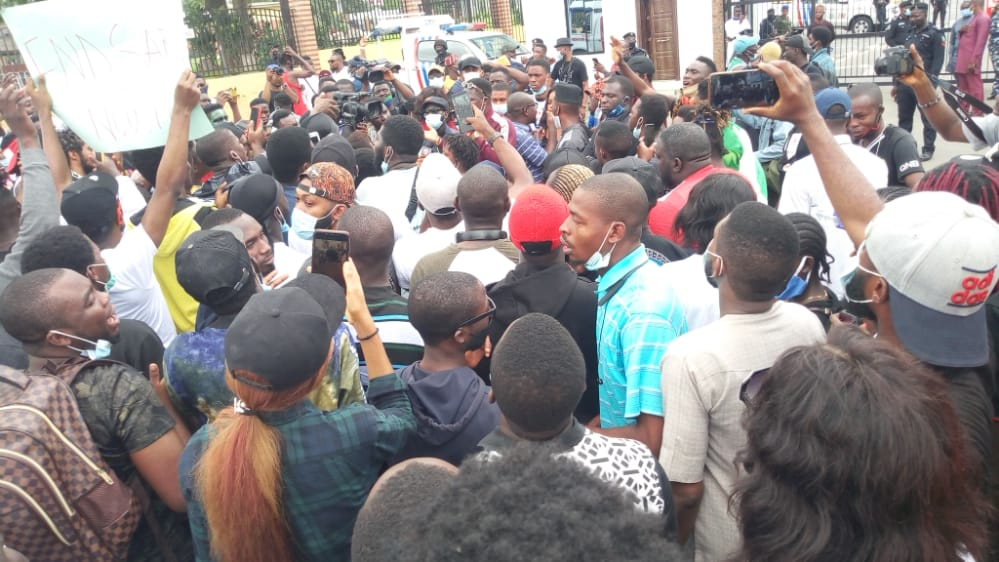 #EndSARS Protesters Storm Force HQ, Demand To Meet IGP Adamu