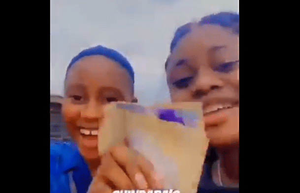 #OndoDecides2020: Two Girls Flaunt N500 Notes Allegedly Given To Them By APC [Video]