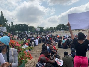 abuja endsars protest - Again, #EndSARS Protesters Storm National Assembly Complex In Abuja