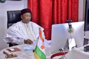 Nigerien President Issoufou wins Mo Ibrahim $ 5 million award