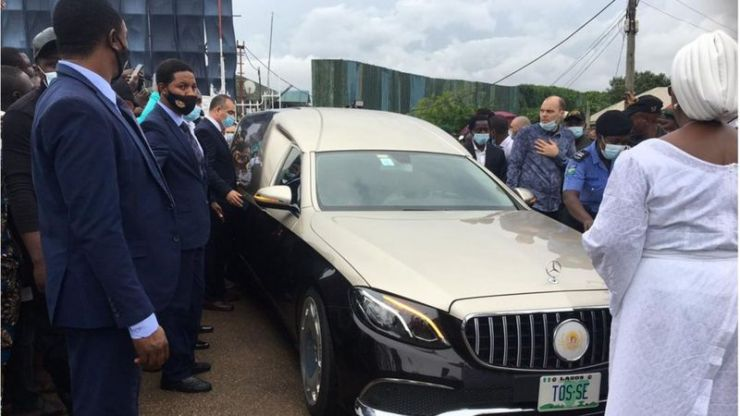 Prophet TB Joshua Corpse Arrive Synagogue Church Of All Nations (Photos)