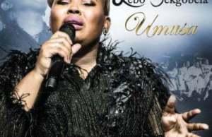 MUSIC: Lebo Sekgobela – Mangeloi (Live)