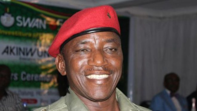 honourable-minister-for-youths-and-sports-solomon-dalung-e1449836410537