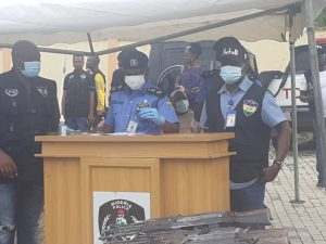 Media executive urges special insurance for policemen' families