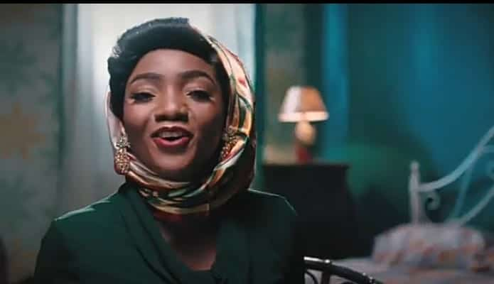 VIDEO: Simi - Selense Mp4 Download