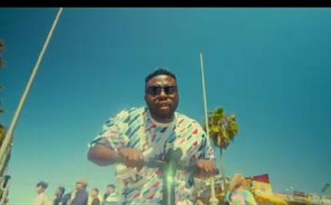 VIDEO: Samklef Ft. Victor AD - Give Thanks Mp4 Download