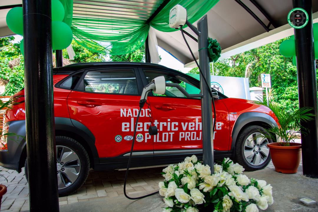 Nigerian govt commissions first solar-powered electric car charging station in Lagos 1