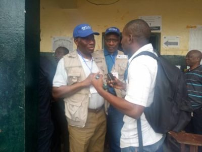 BA3FC31F 4646 4232 ACF7 8230F38C0236 300x225 - 9JA NEWS: Goodluck Jonathan As Election Observer In Liberia (PhotoNews)