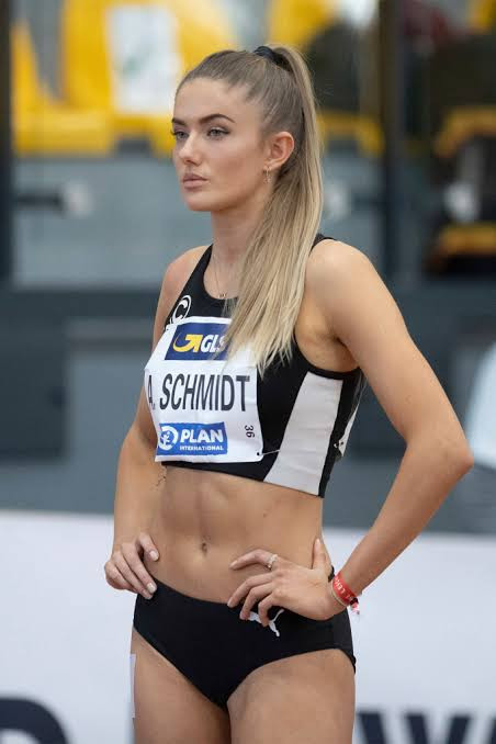 61264ee04d1a2 - 'World's Sexiest Athlete' Alica Schmidt announces she's 'taking a break' from the sport after she was banned from Olympics