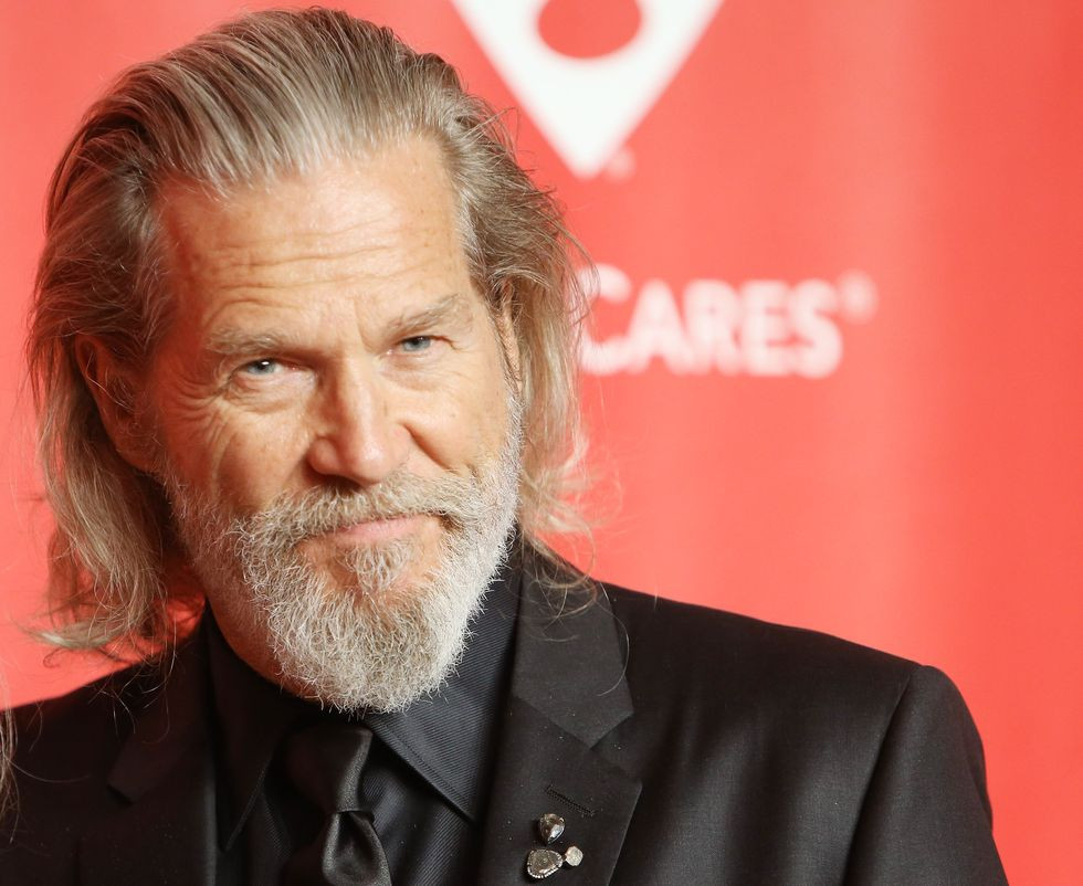 Actor Jeff Bridges says his cancer is in remission and he also has COVID-19
