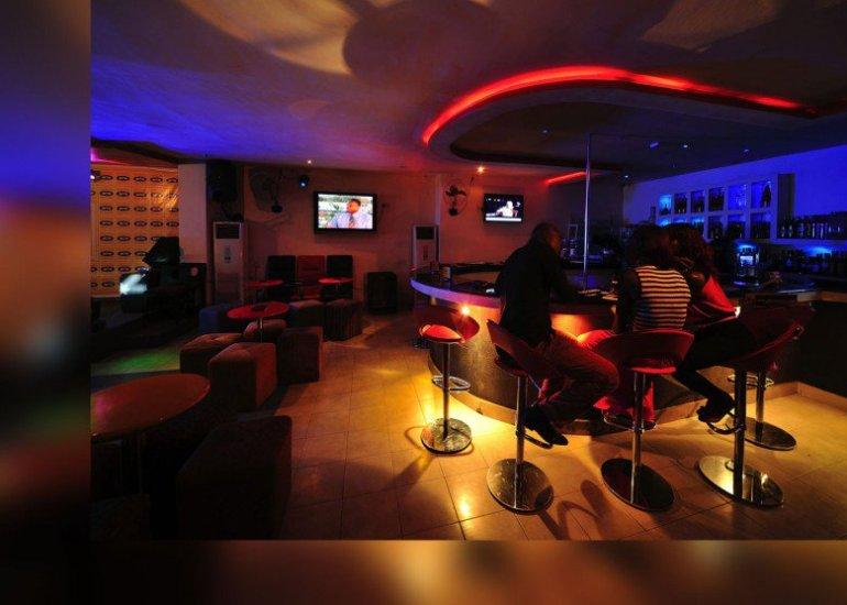 Sahunz-bar-murphis-plaza-780x557