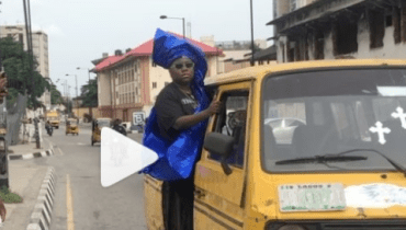 Shocking: Video Of Teni The Singer Loading A Danfo In Lagos